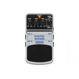 Pedal de Efectos Behringer Digital Reverb DR600